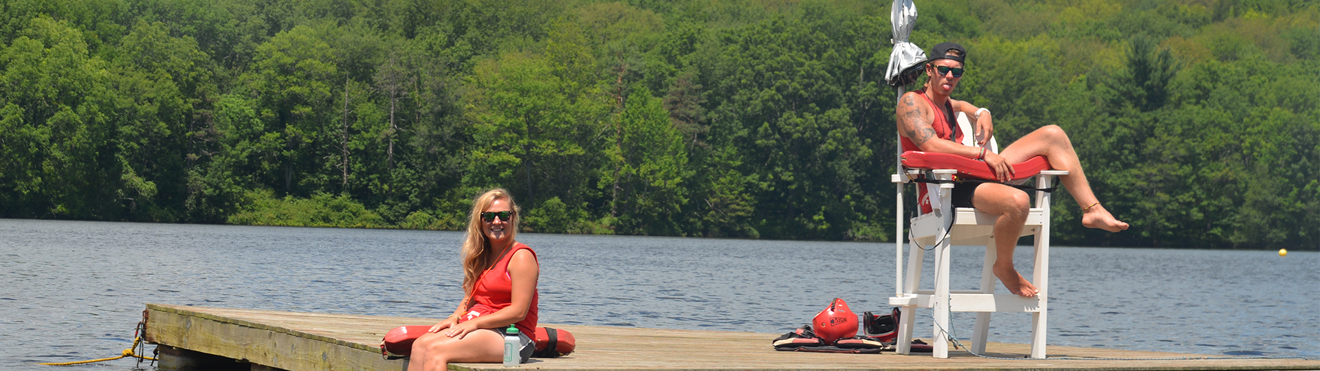 Summer on the beach or by the lake in America? Become a Lifeguard at Camp!