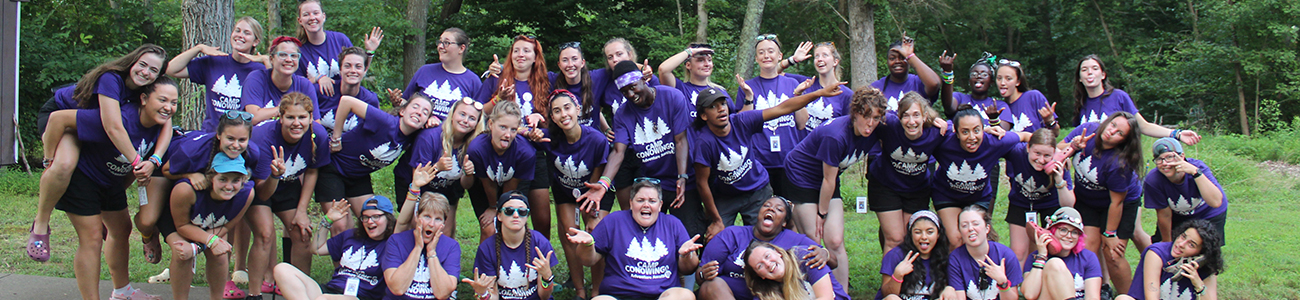 Girl Power! Vi har Girls Scout camps i hele USA.