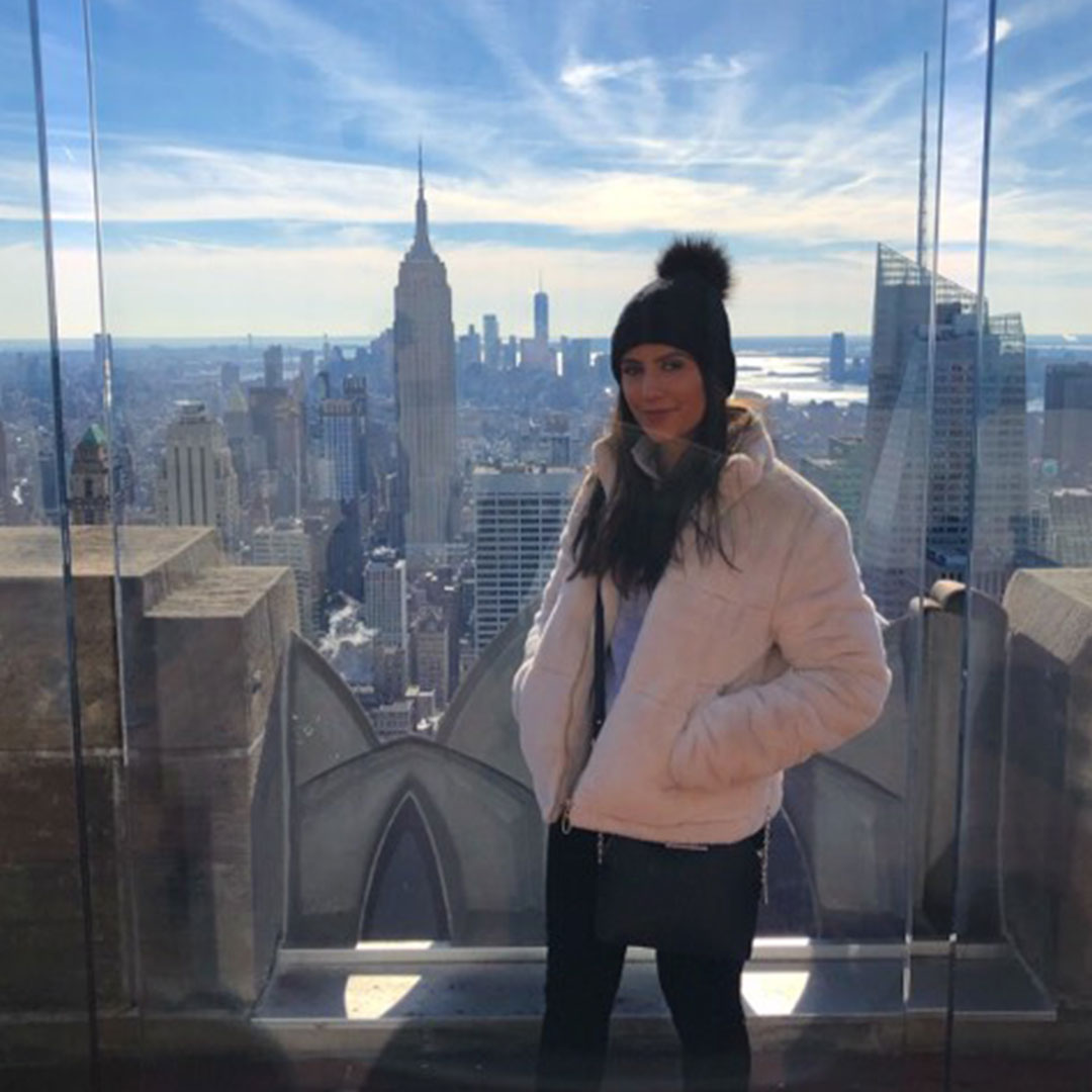 Chloe In front of the Empire State Building